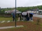 Učenci pred pomnikom v Zapolju
